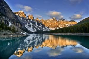 Moraine Lakes Ten Peaks