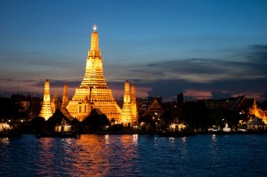 Wat_Arun_at_Dusk