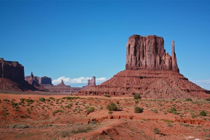 95d1d1827b411d21af5f978a8520b45a-monument-valley-navajo-tribal-park